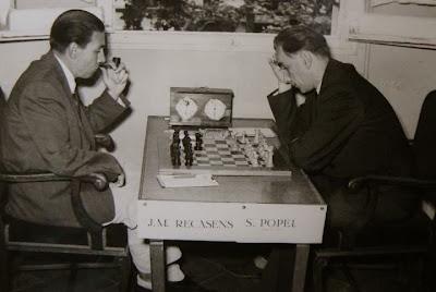 Partida Stephan Popel - Josep Maria Recasens en el Torneo Internacional de Ajedrez Tarragona 1952