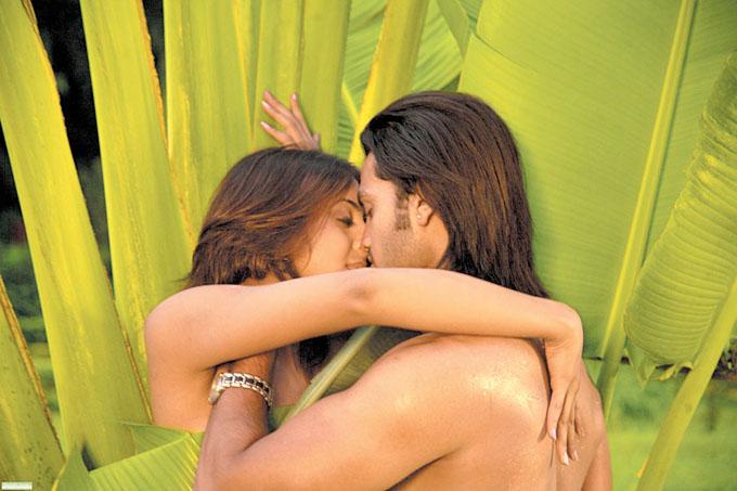Hot Updates Sanjana Hot Song From Kannada Movie-9994