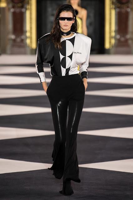Balmain runway fashion SS20 trends be fashion blogger Kelly Fountain