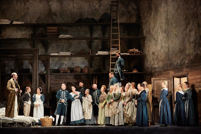 Mozart: Le nozze di Figaro - Royal OPera 201 ( Photo Mark Douet)