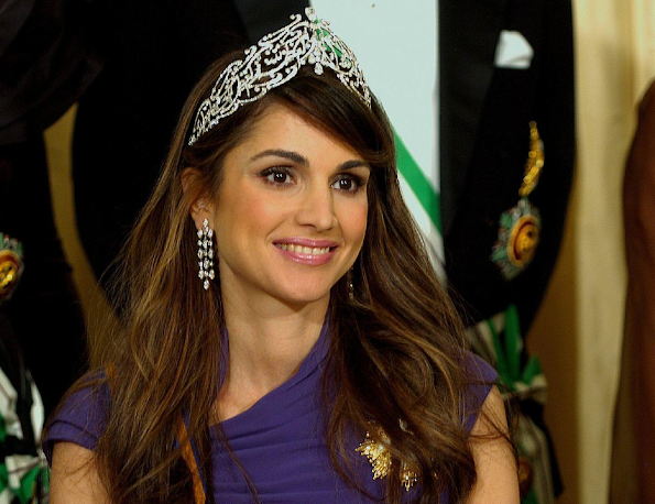 Queen Rania is styled as 'Her Majesty The Queen of the Hashemite Kingdom of Jordan'. Jeweler, Jewelry, Dress, Earrings, Fashion