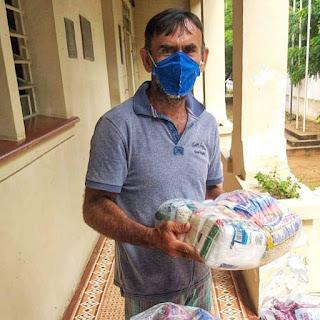 Governo da Paraíba começou hoje a entregar 250 mil cestas básicas que serão distribuídas aos alunos da rede estadual de ensino. 🍛