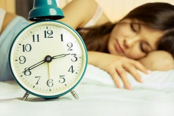 Buat jadwal tidur dan bangun tidur