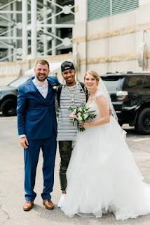 Cleveland Indians Francisco Lindor And Carlos Carrasco Crash Wedding Pictures At Progressive Field