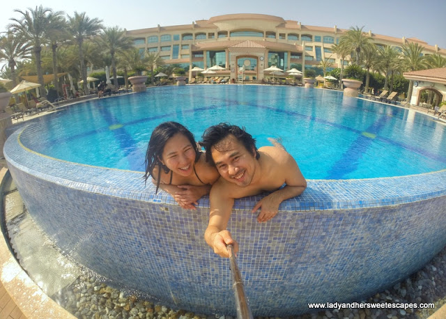 Ed and Lady in Al Raha Beach Hotel pool