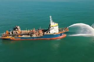 http://vnoticia.com.br/noticia/4671-navio-visto-na-costa-de-presidente-kennedy-nao-iniciou-dragagem-no-porto-central