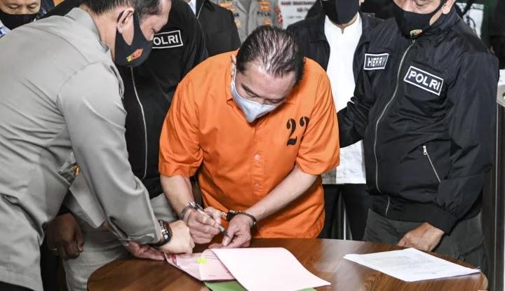Kenapa Polri Tak Menahan 2 Jenderal yang Terlibat Kasus Djoko?