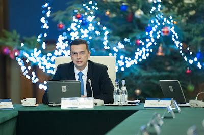Románia, Grindeanu-kormány, béremelés, nyugdíjemelés, ösztöndíjak, nyugdíjpont