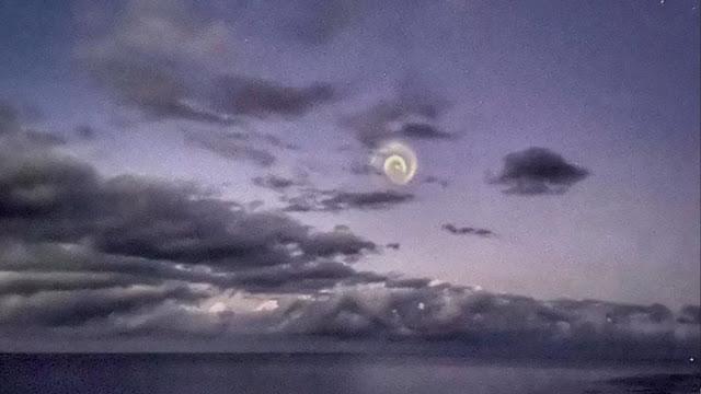 Estranha Espiral no céu - Association Calédonienne d'Astronomie