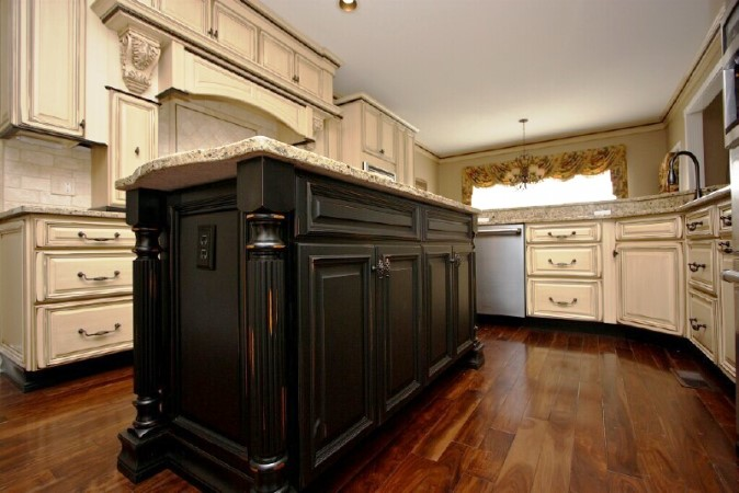antique white kitchen cabinets with black island - White KITCHEN Cabinets With Black Island - Home Furniture Design Ideas