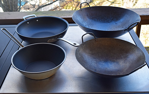 Best type of woks to use on the grill.