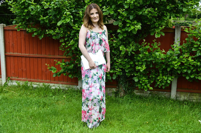 #LadiesDay Outfit with Kaleidoscope Floral Maxi Dress