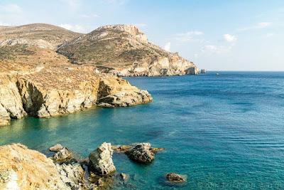 Agios-Nikolaos-Folegandros-Cyclades-Grece