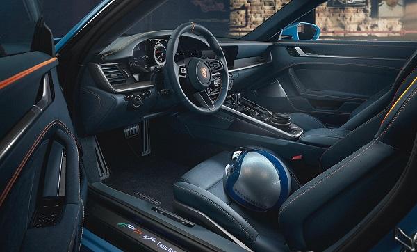 Interior Porsche 911 Turbo S Gulf