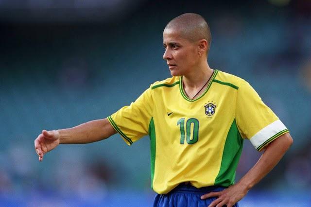 Heroínas do futebol: Sissi #01