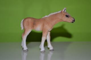 Schleich 13 699 źrebie haflinger