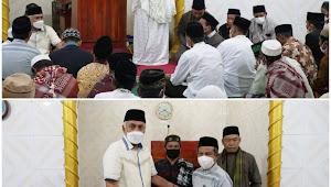 Awali Safari Ramadhan, Pemkab Bima Serahkan Bantuan Sarung dan Al-Qu'an