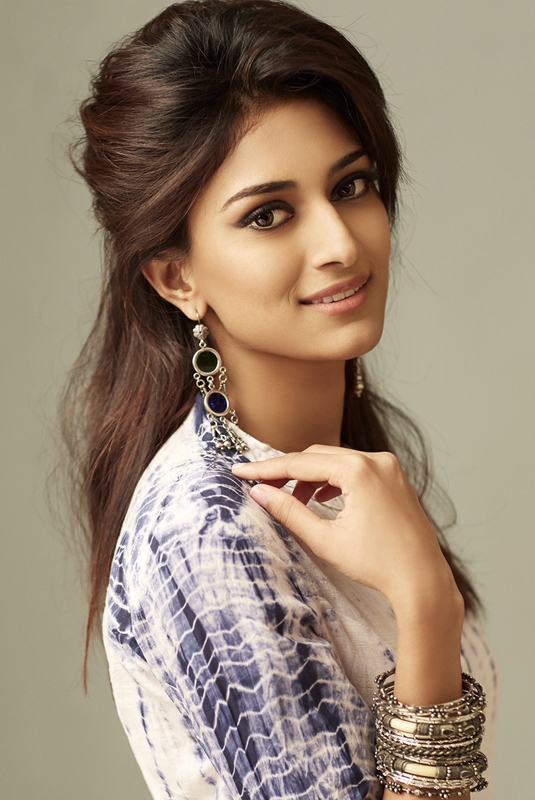 Erica Fernandes Photo Shoot Stills - South Indian Actress-2609