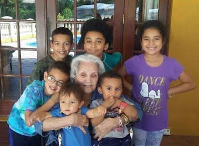 Family_Biracial_Bilingual_American_GreatGreatGrandchildren