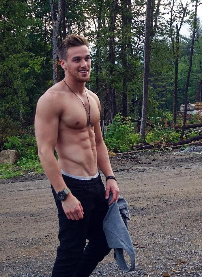 shirtless-marc-fitt-photos-abs-pecs-smile-blond-bro