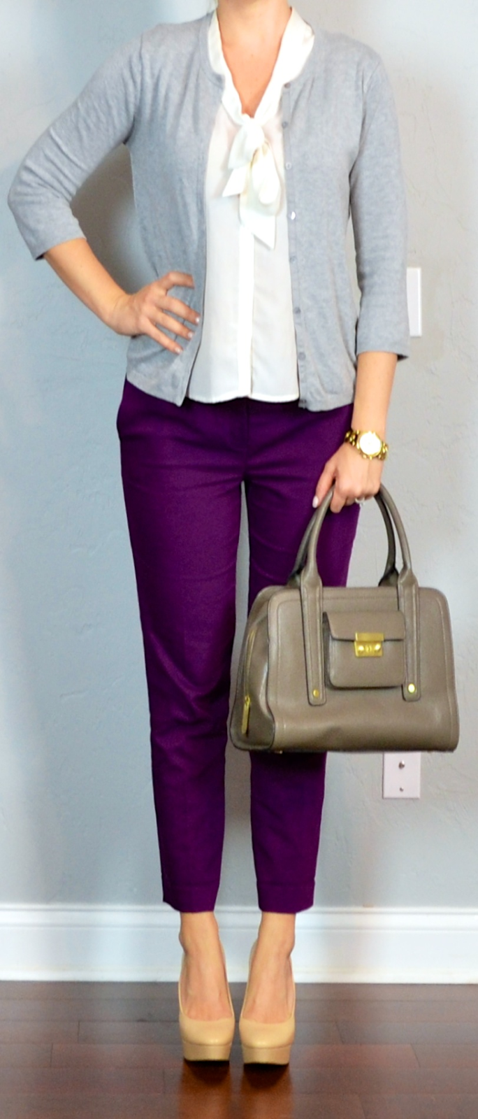 8d3b17189f outfit post  purple cropped pants