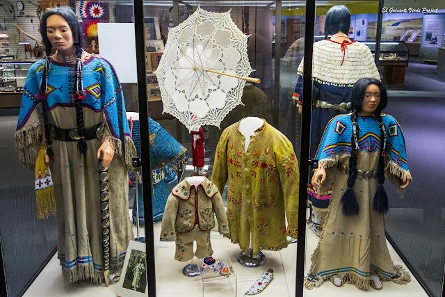 Vestimenta de los Lakota, Akta Lakota Museum