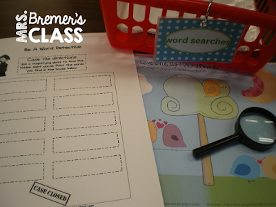 Lots of Kindergarten literacy centers {many are freebies!} in this blog post.