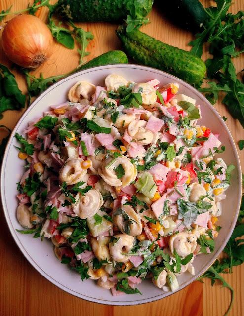 Sałatka z tortellini / Tortellini Salad