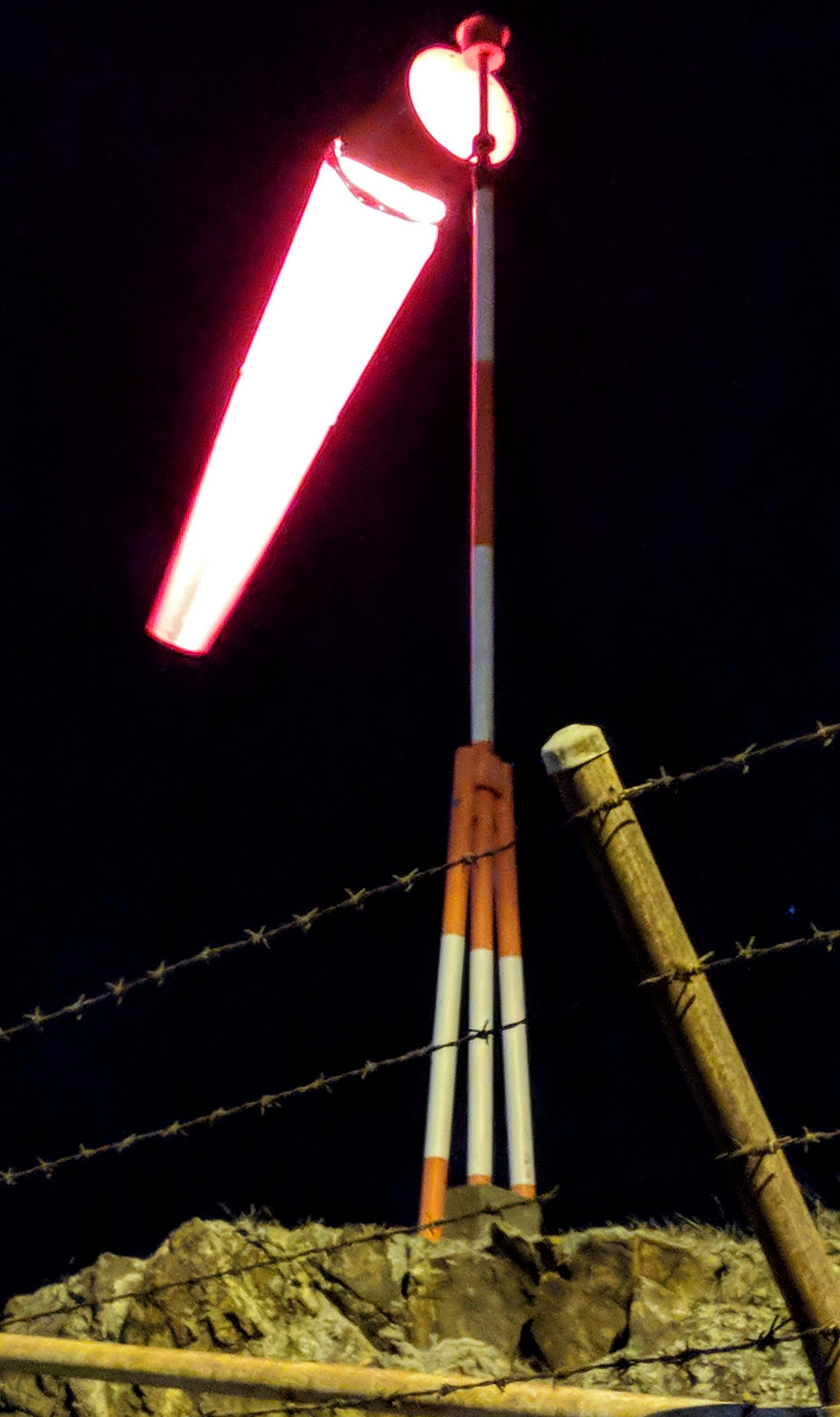 Illuminated wind sock