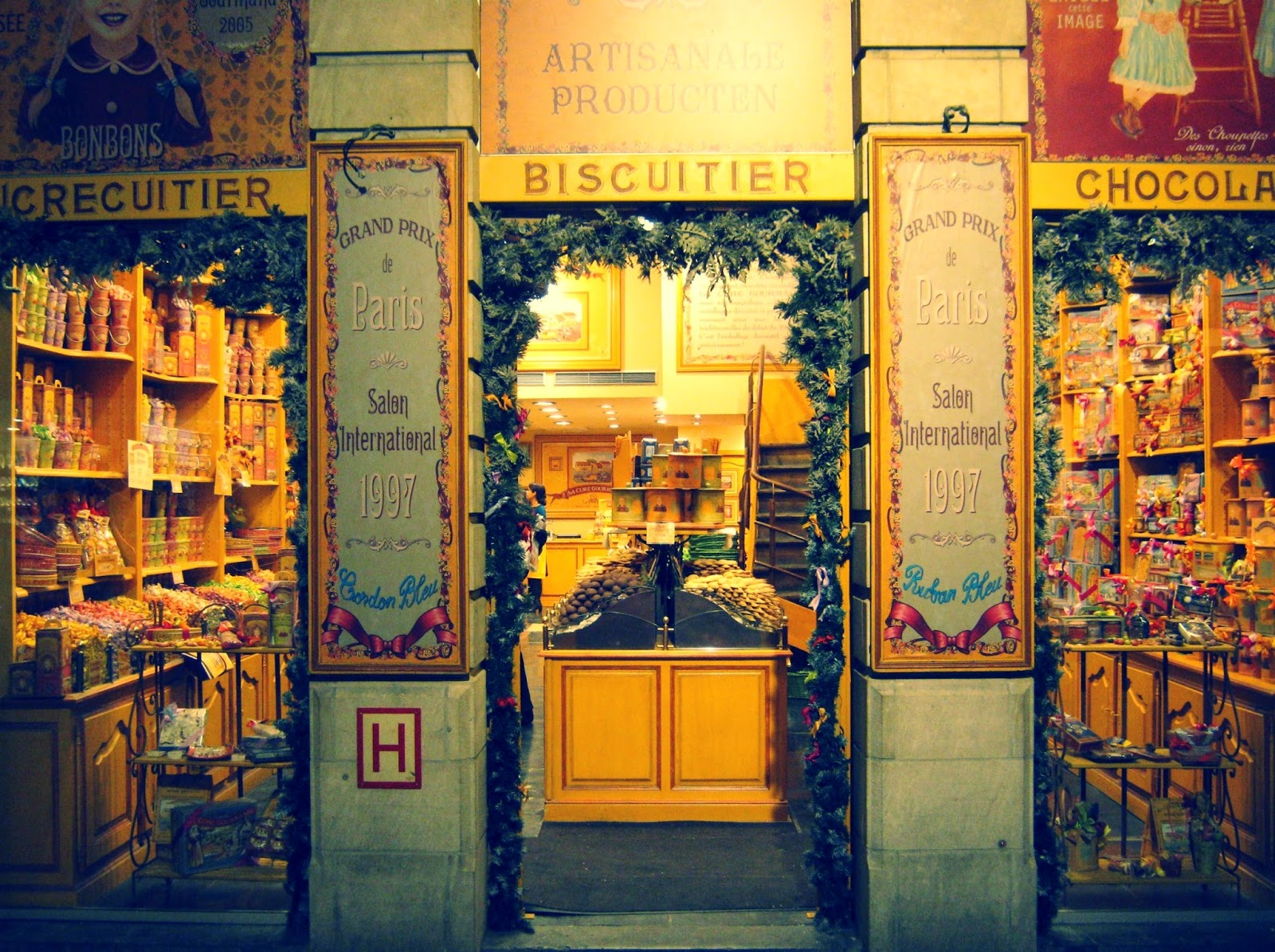 old fashioned candy shop in brussels