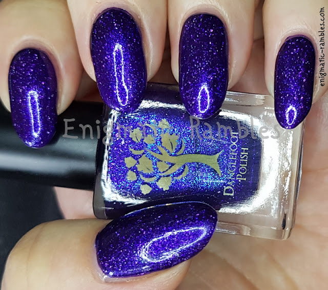 Swatch-Danglefoot-Polish-Buttons-for-Eyes