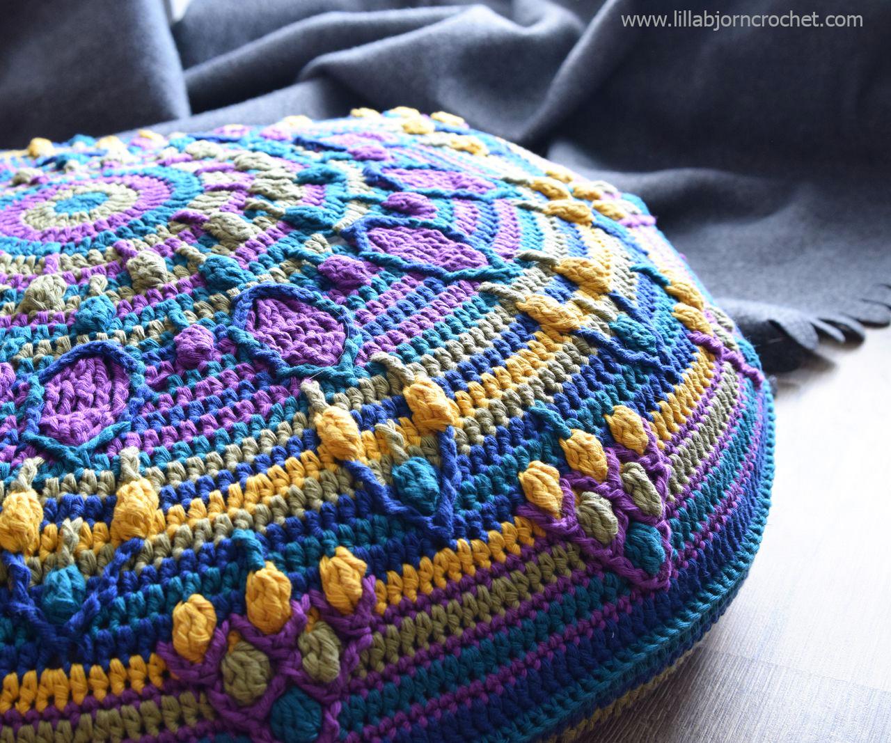 Peacock Tail Mandala Pillow: FREE Crochet Pattern