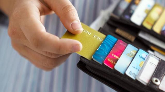 Cara Melepaskan Diri Dari Jeratan Kartu Kredit