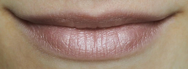 Cremekampagne Lippenstift Sterntaler Tragefoto