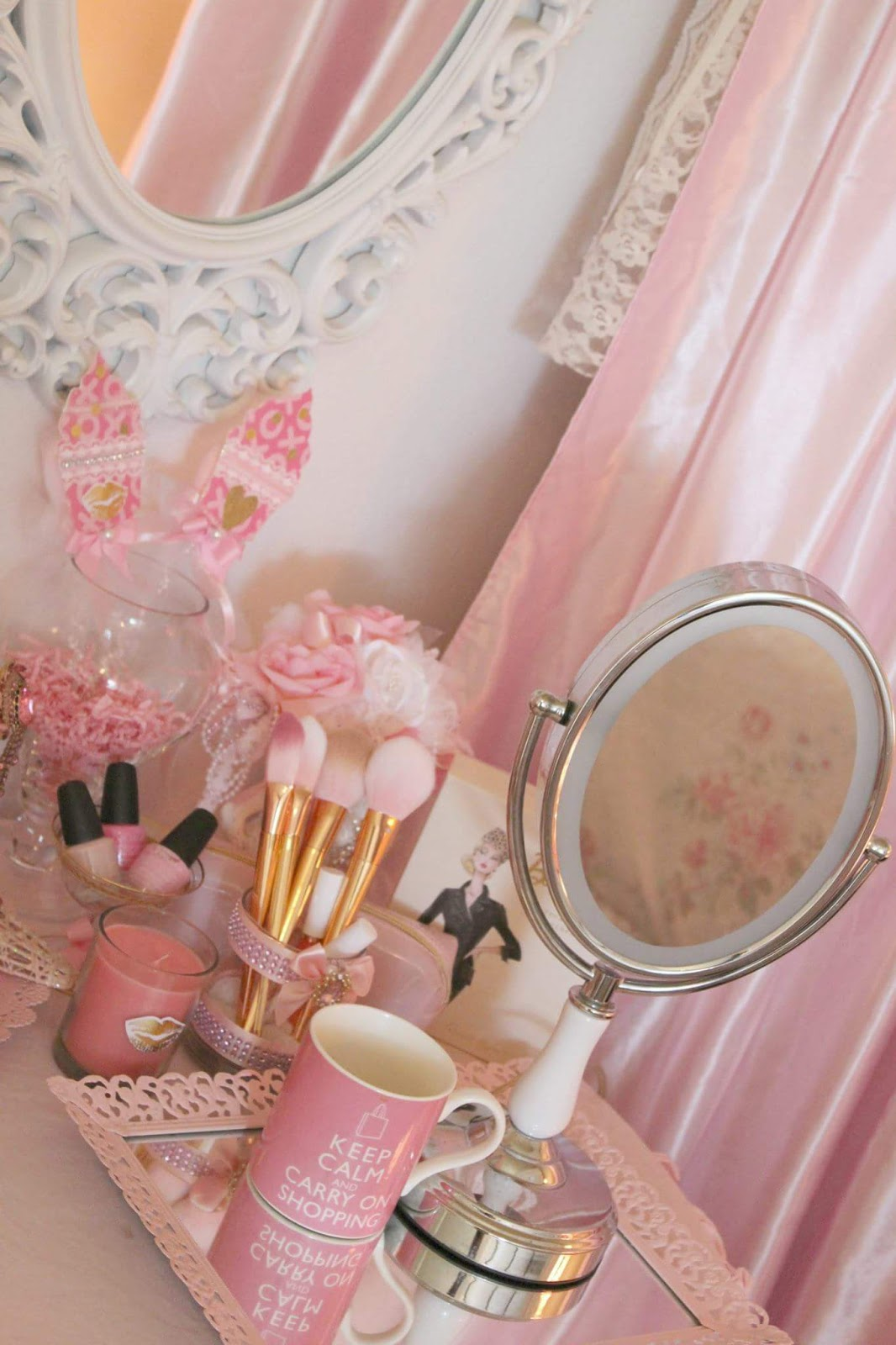 Pink Glam Beauty Room