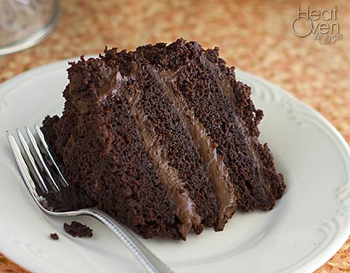 German Chocolate Cake With Vanilla Pudding