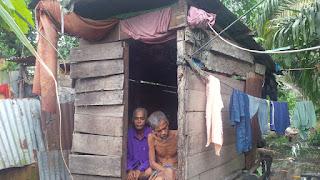 Keluarga Termiskin di Rohil, Sudah Tua Tidak Punya Apa-apa, Penyakitan Lagi