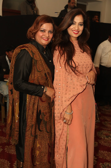 Entrepreneur Ruchiekka Krishnani with Designer Preeti Ghai-