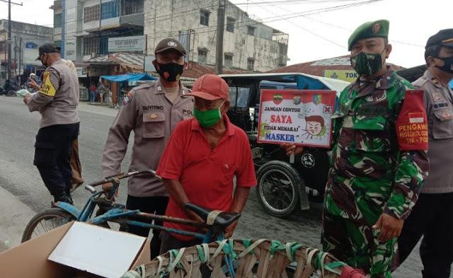 Polsek Indrapura Bersama TNI Gelar Ops Yustisi