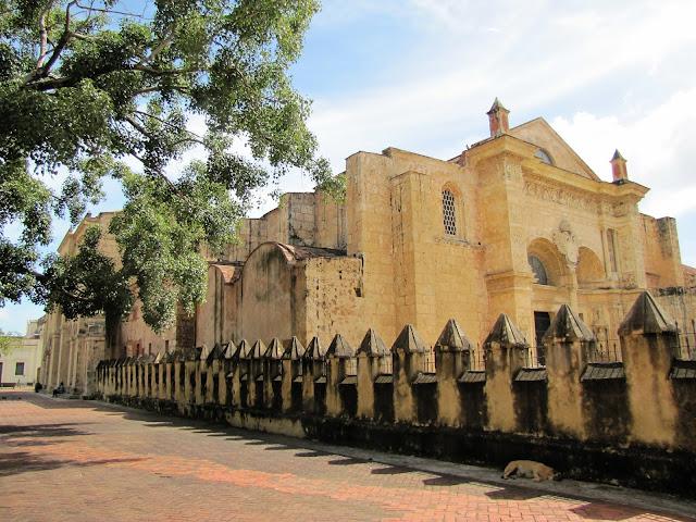 cathedral santa maria menor santo domingo dominican republic