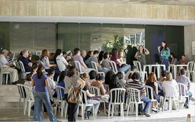 Funcionários do Itamaraty debatem rumos do movimento que reivindica melhores condições de trabalho a Serra