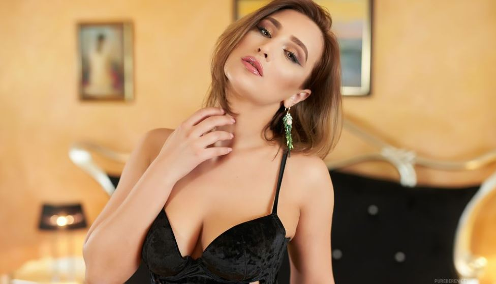 https://www.glamourcams.live/chat/PureBerenice