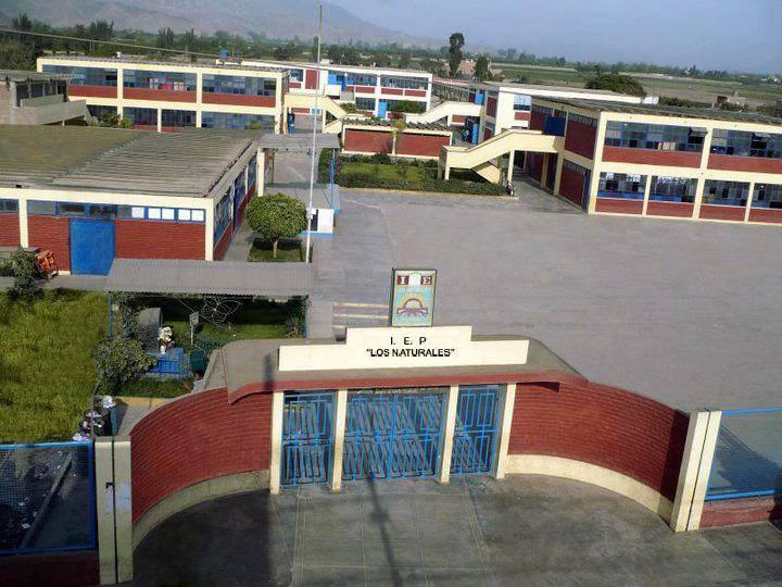 Colegio LOS NATURALES - Garcia Alonso
