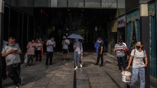 China reporta más de 100 casos de Covid-19 las últimas 24 horas