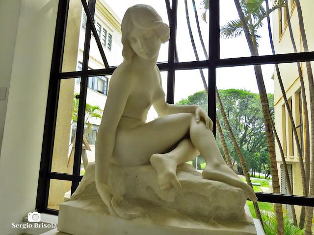 Close-up da Escultura Sem Título (Ninfa) - Palácio dos Bandeirantes - São Paulo