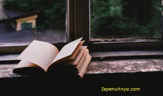 Puisi: Berpeluk Erat Wewangian