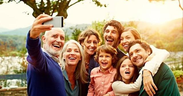 5 Cara Bersikap & Berdamai Dengan Orang Tua Yang Over Protektif