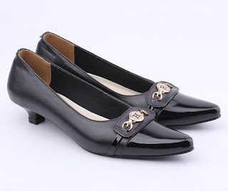 sepatu kerja wanita sintetis,grosir sepatu kerja wanita,sepatu wanita heels 3cm,grosir sepatu kantor wanita,gambar sepatu kerja pegawai bank
