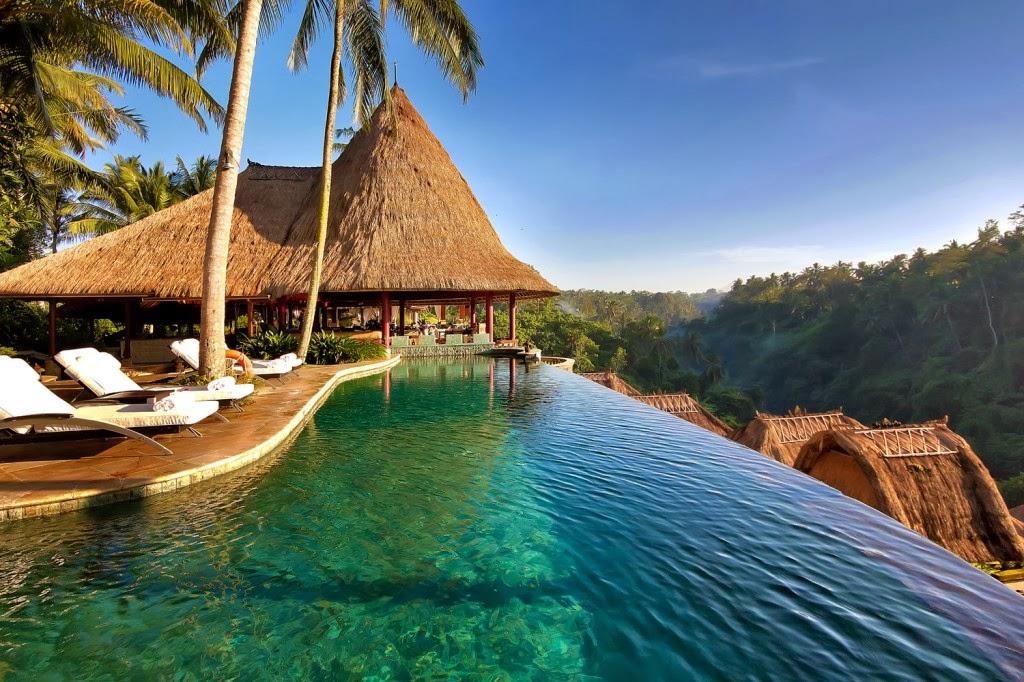 Hotel Ini Merupakan Salah Satu Yang Terletak Hanya 300 Meteran Saja Dari Pantai Legian Ada Di Bali Mematok Harga Cukup Murah