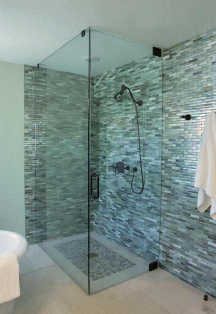 Going Green In Style Alpentile Glass Tile Pools And Spas